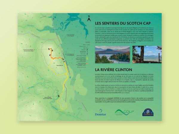 <span>Panneau et carte de sentiers</span><i>→</i>